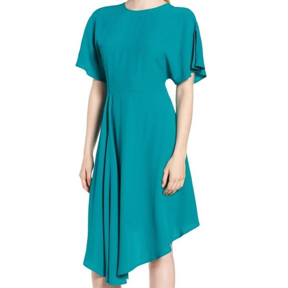 Lewit Dresses & Skirts - Lewit Asymmetrical Slit Sleeve Crepe Dress